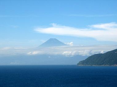 夏の富士山 by m.h.氏